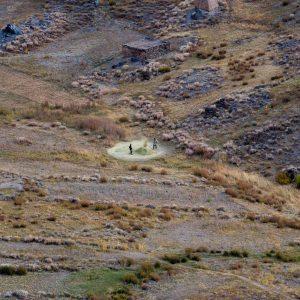 Battage, Tadjikistan - Yann Arthus-Bertrand Photography