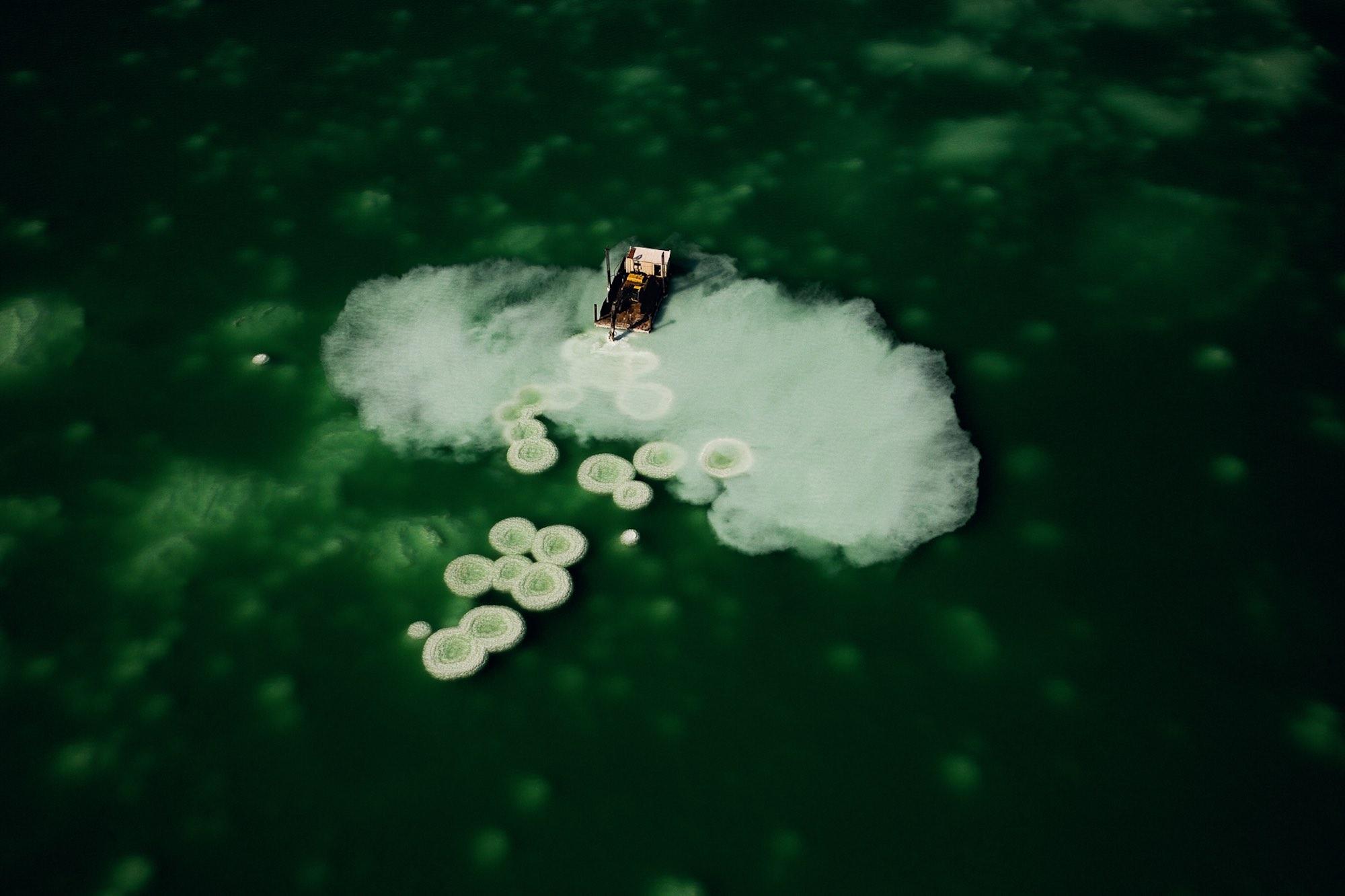Salt formations - Yann Arthus-Bertrand
