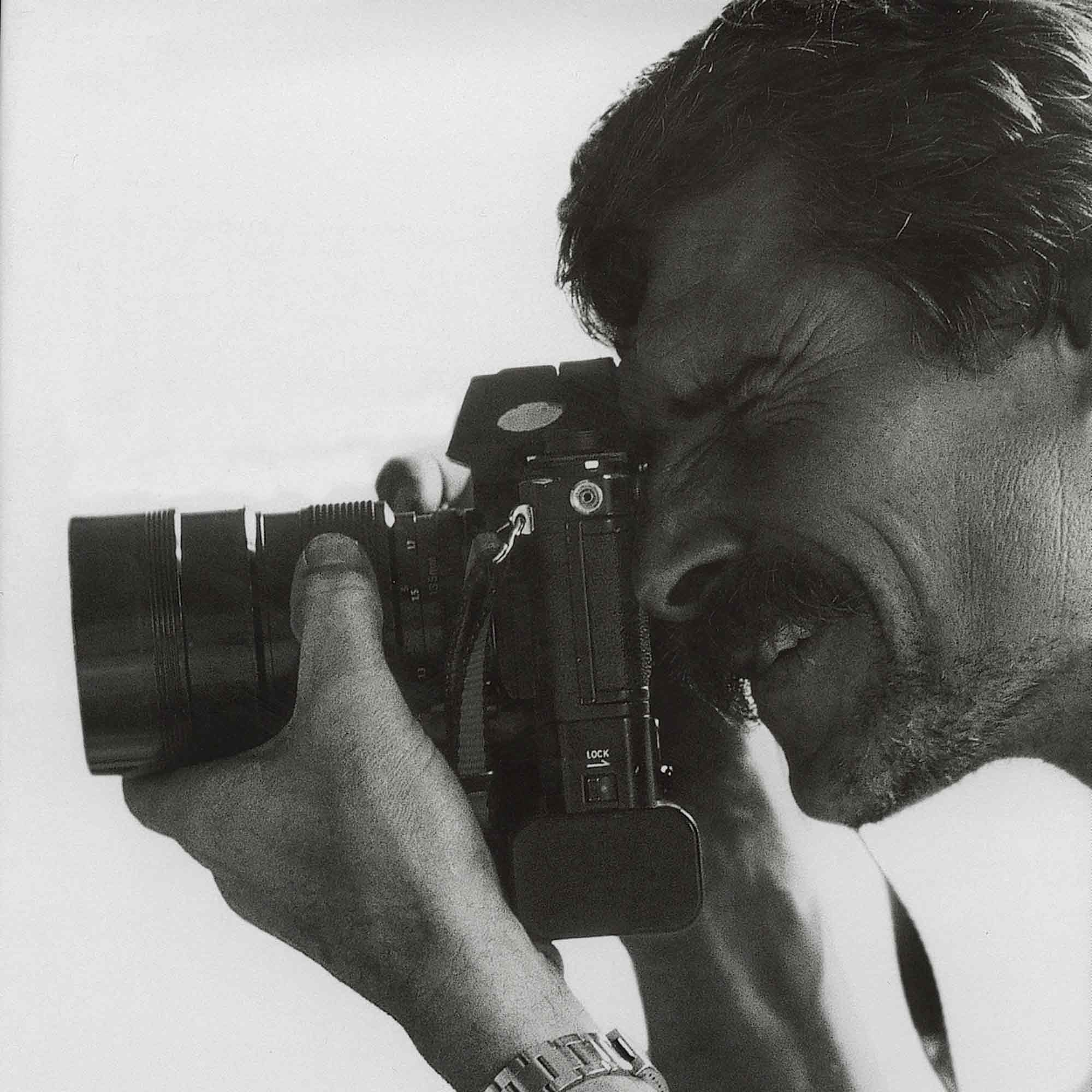 année 90 - Yann-Arthus Bertrand - photo de Philippe Bourseillier