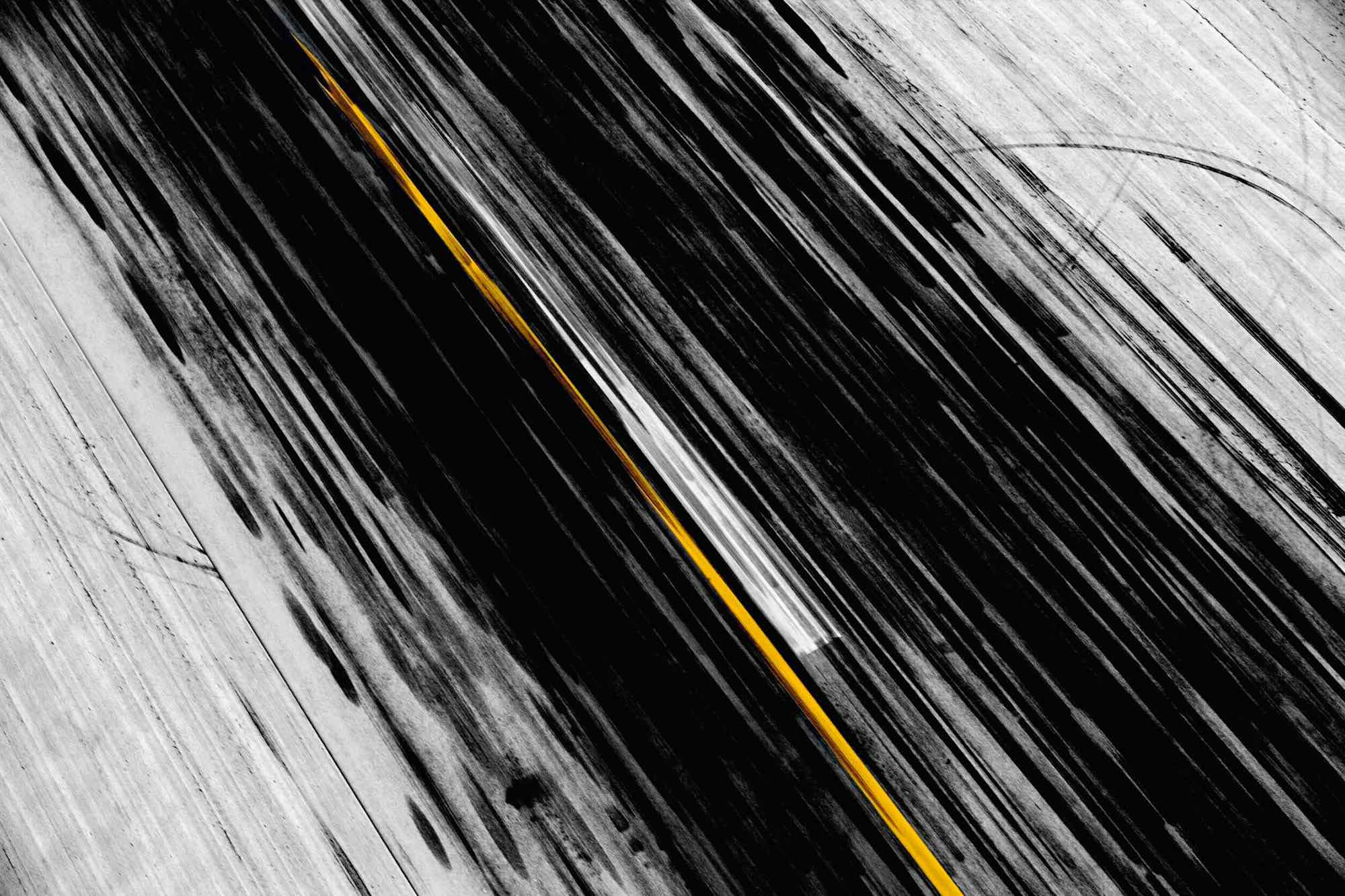 Tarmac - Yann Arthus-Bertrand Photographie