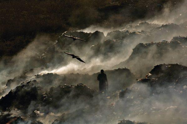Décharge, Sénégal - Yann Arthus-Bertrand Photographie