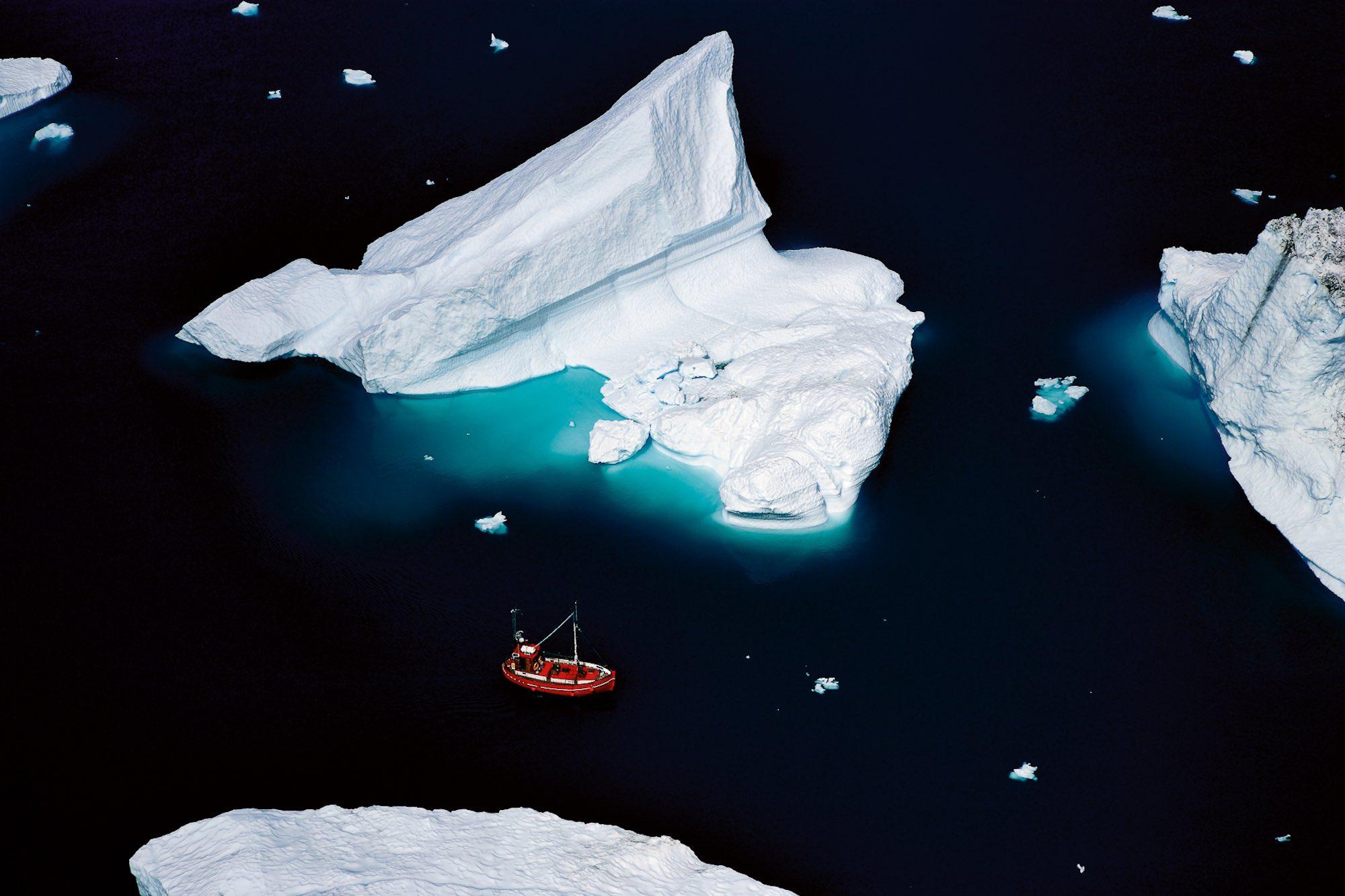 Boat & Icebergs - Yann Arthus-Bertrand