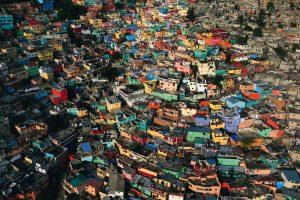 Bidonville, Haïti - Yann Arthus-Bertrand Photographie
