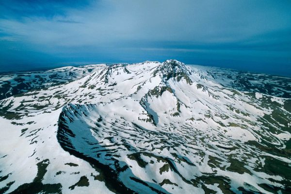 Mont Aragats, Armenia - Yann Arthus-Bertrand Photo