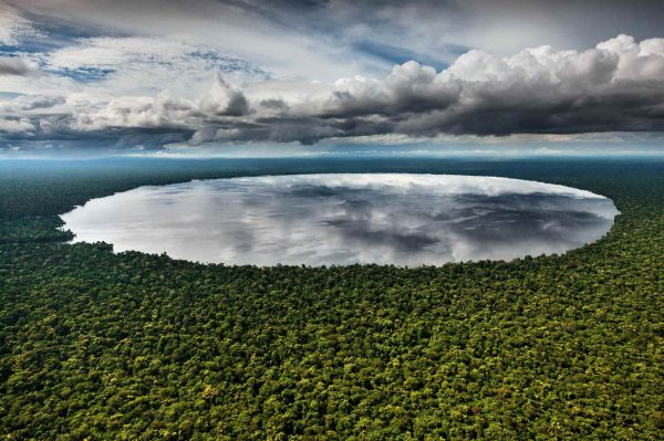 Lake Télé, Congo - Yann Arthus-Bertrand Photo